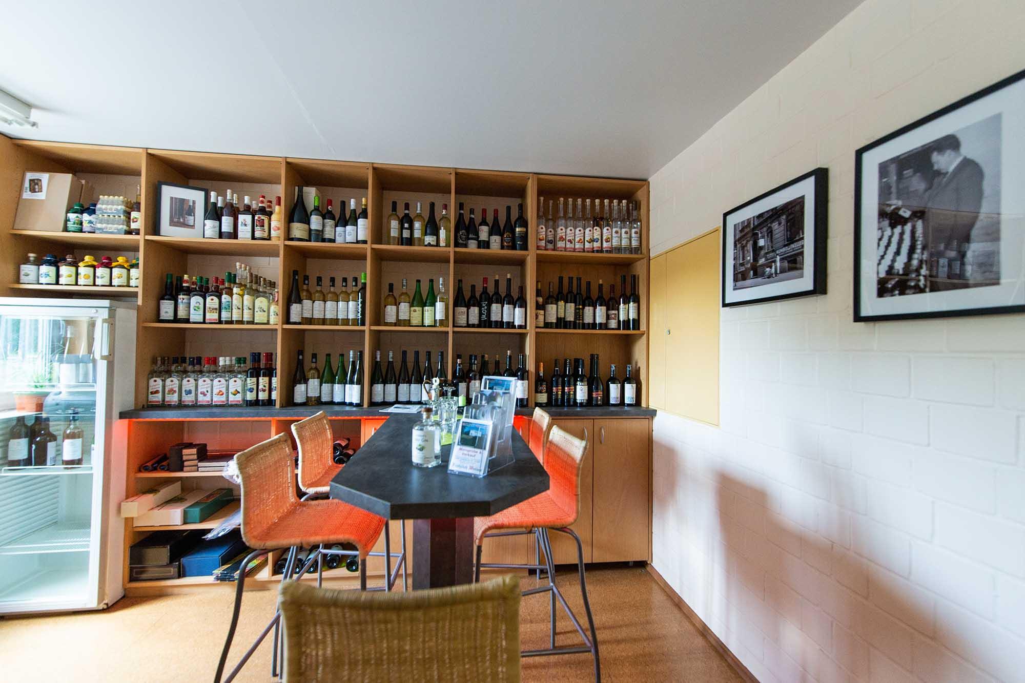 Froehlich-Weine-Weinhalle-Verkauf-1